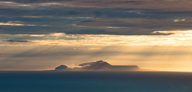 Sunrays over Foula
